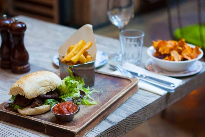 Digital PR The Walled Gardens and Forgan's delicious online partnership