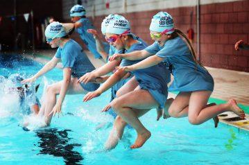 Olympics swim star makes waves in perth | Scottish PR