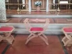 Sedilia chairs
