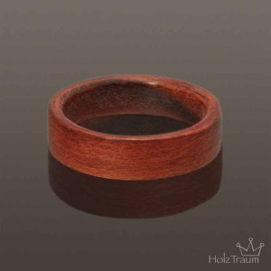 Bentwood ring aus Apfelholz