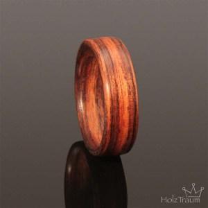 Holzring aus Rosenholz
