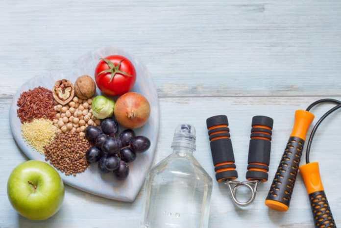 Se aprueba la nueva pirámide nutricional incluyendo suplementos y alcohol