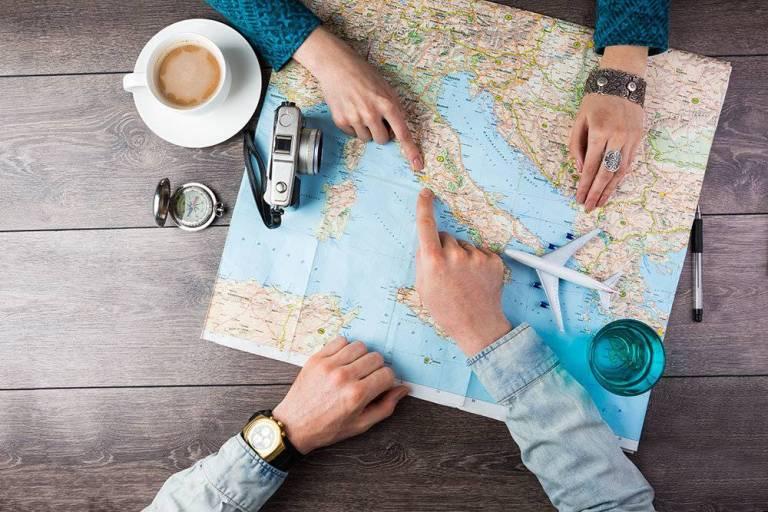 Los 5 tipos de compañeros de viaje más odiados
