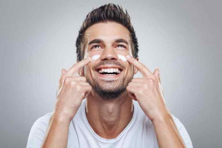 7 claves para que los hombres tengamos la cara más juvenil