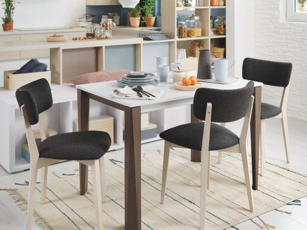 tables et chaises de cuisine et salle a