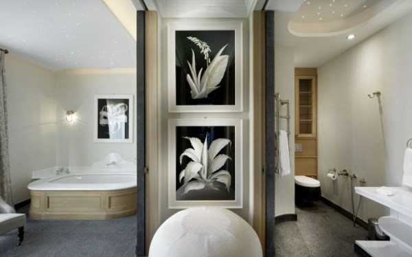 black and white printed spa