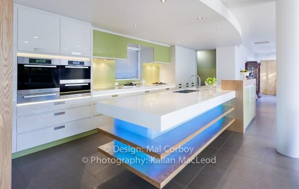white modern kitchen 1