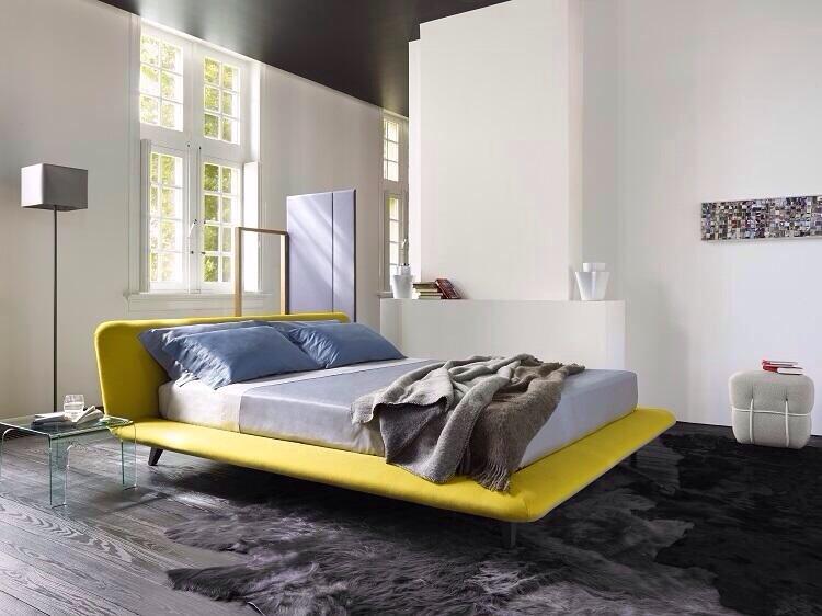 clip:白x黒x黄色 寝室