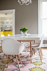[snap]銅の脚を持ったダイニングテーブル