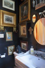 [snap]額縁を飾る洗面所