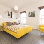 [clip]黄x白+グレー ポップカラーの寝室