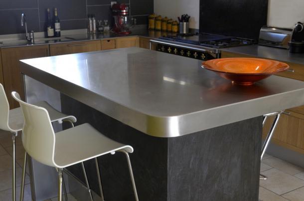 ilot de cuisine avec table