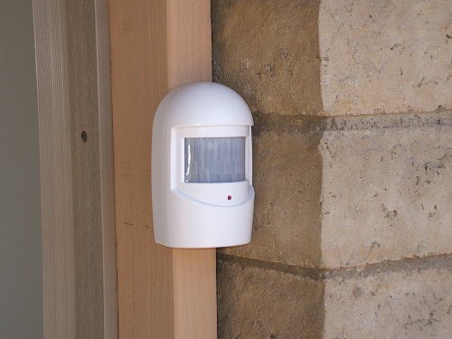 Wireless Driveway Alert System from Bunker Hill Security