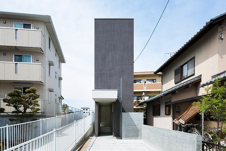 Promenade House by Form/kouichi Kimura Architects
