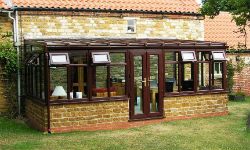 bungalow_conservatories_low_pitch_roof