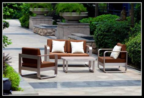 outdoor-tables-and-chairs-gallery-3