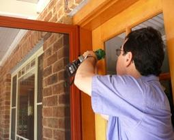 ... door fitter & What to Look For in a Door Fitter