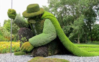 Monumental Plant Sculptures Mosaiculture Exhibition man who planted trees