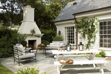 Beautiful Traditional Patio Picnic Tables with Accessories