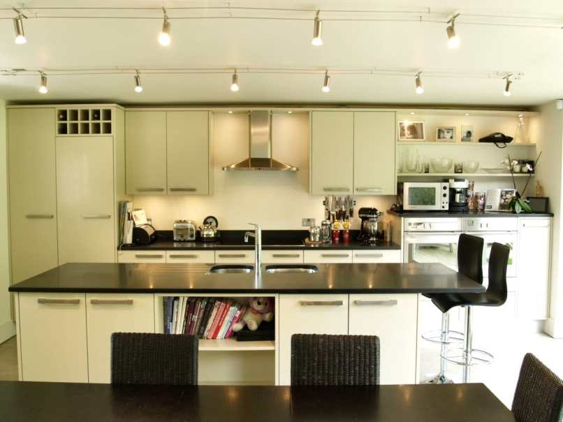 cream kitchen with enough lighting