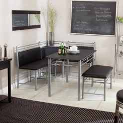 simple yet effective kitchen bench seating idea