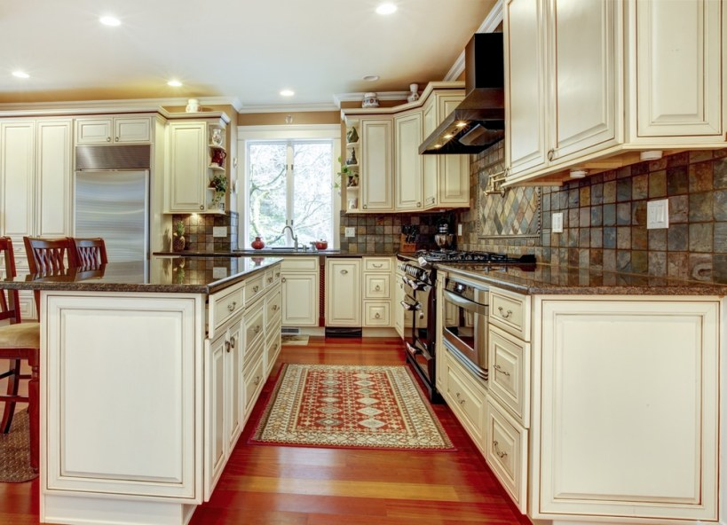 kitchen wall tiles that are superior in quality