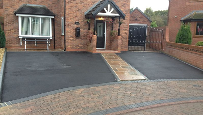 Cost of new driveway driveway cost prices 2018 homeadviceguide tarmac driveway solutioingenieria Images