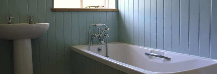 how-to-fit-a-bath-panel