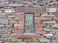 Dry Stack Stone Walls - retaining walls & building tips