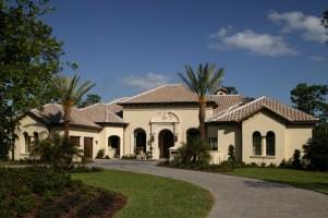 http://www.homeadvisor.com/r/tile-roofing/#.WBQkCvkrKM8