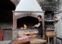 Outdoor Kitchens: Wood Fire Cooking