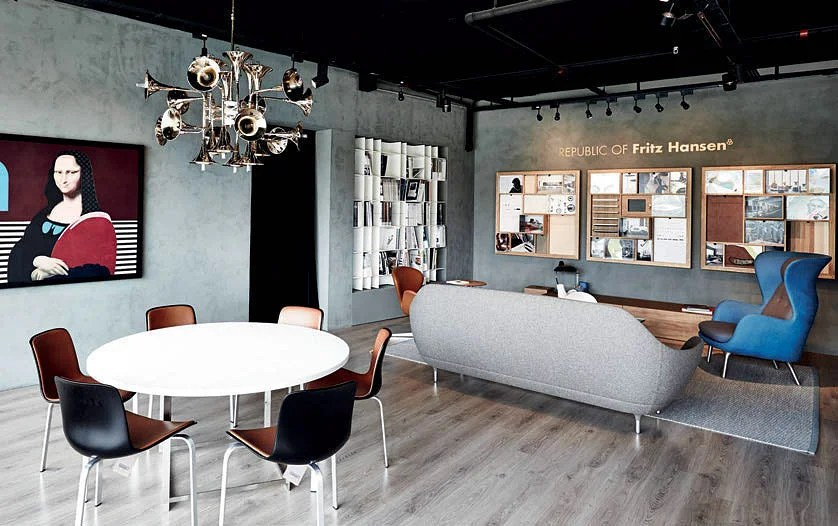 target blue chair girls desk and shop at: fritz hansen | home & decor singapore