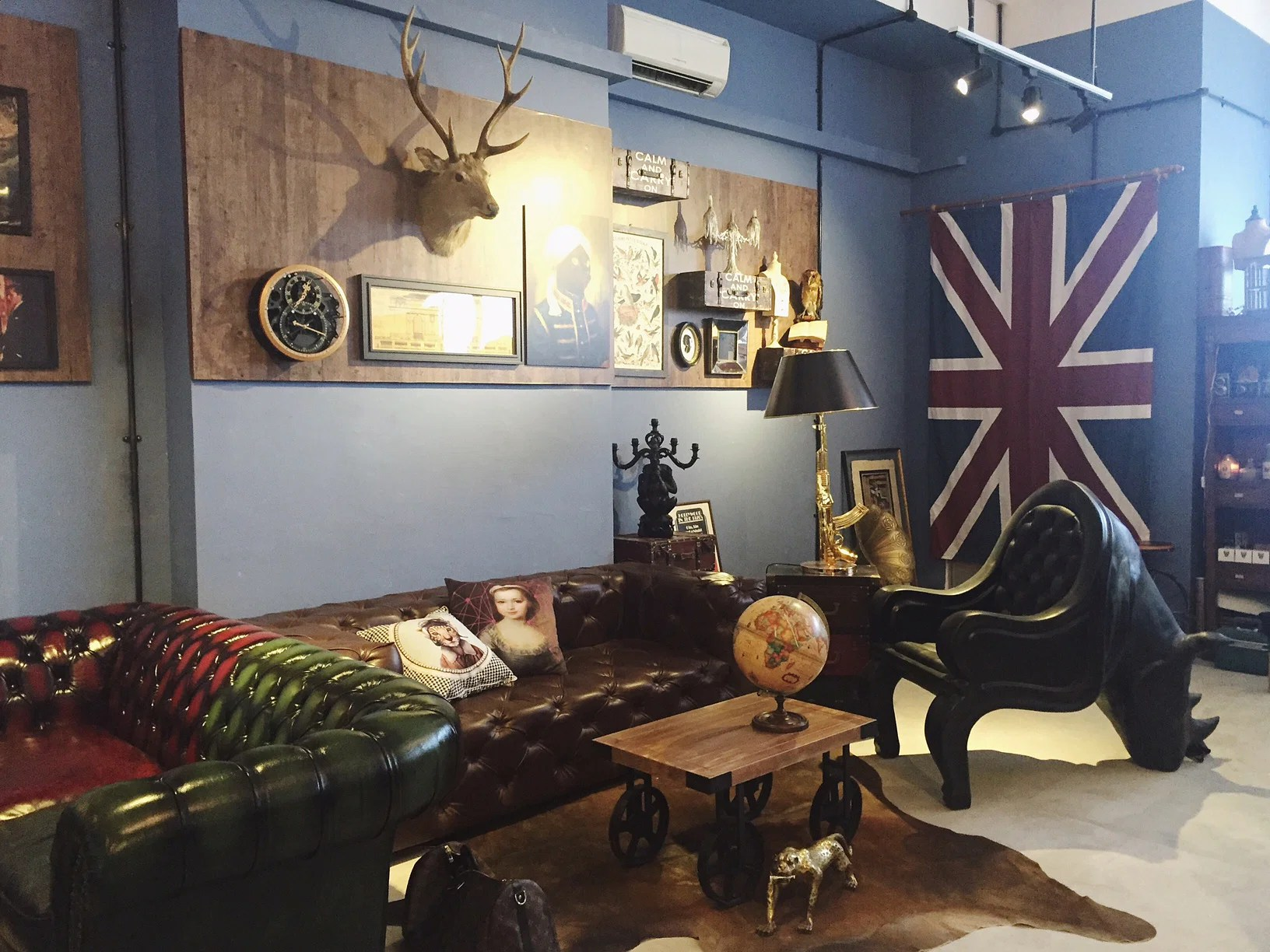 Get taxidermied animals and other curios at Funny Museum