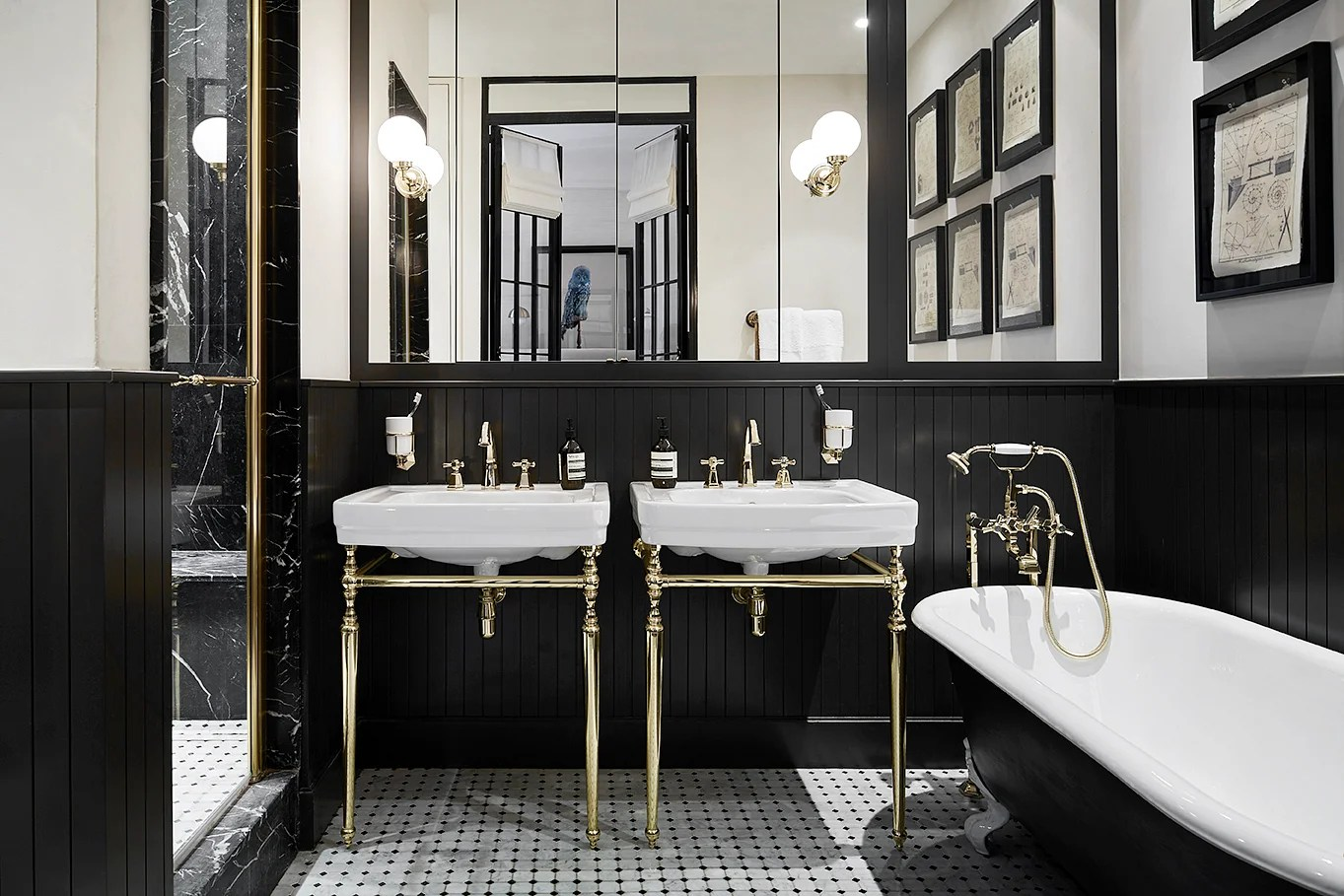 Ideas For A Glamorous Black And Gold Bathroom Home
