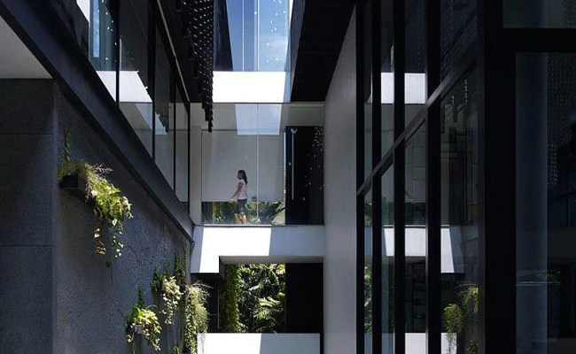 House Tour House On Queen Astrid By Aamer Architects