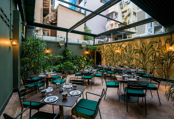 Check out Amo the new and hip Italian restaurant and bar on Hong Kong Street  Home  Decor
