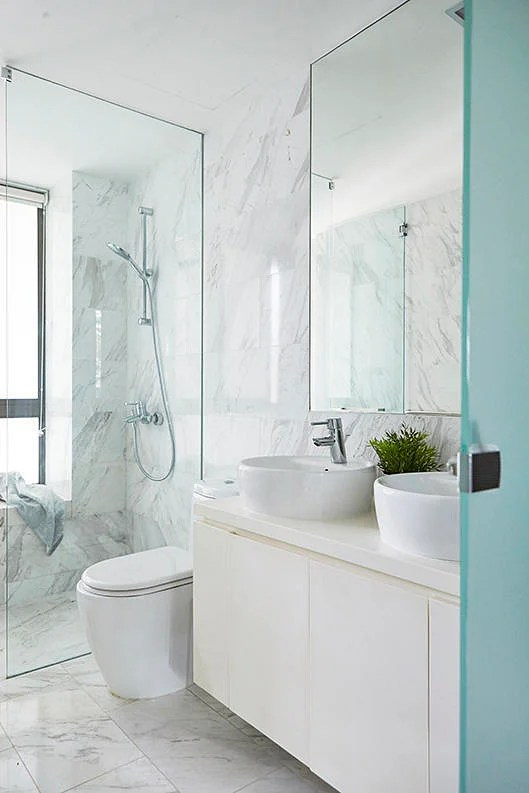 8 minimalist bathrooms that will stand the test of time