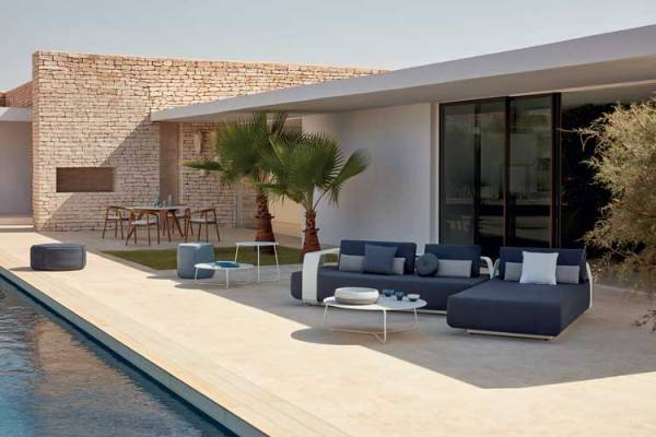 Chilling Out This Winter - Outdoor Lounging - Home and Lifestyle Magazine