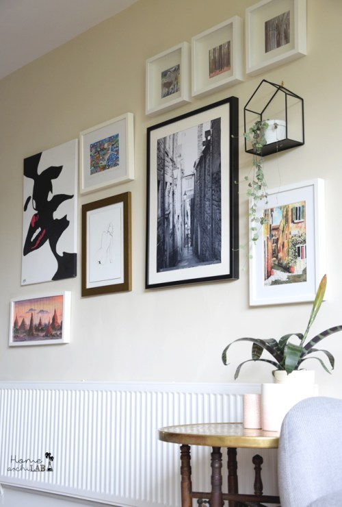 wall with pictures
