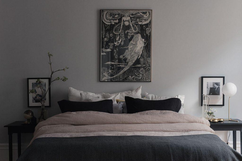 Slaapkamer met een mooie kleurencombinatie van grijs en