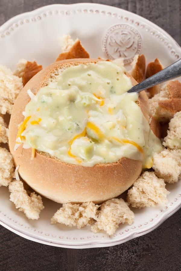 Skinny Broccoli Cheddar Soup #homebakedjoy