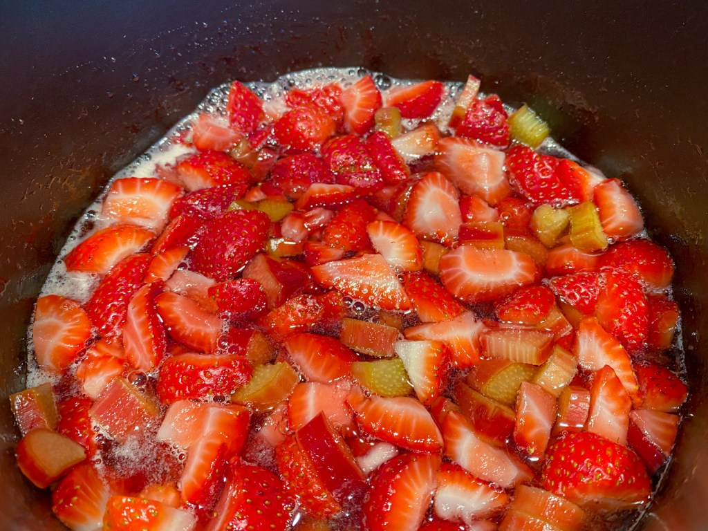 cooking strawberry rhubarb syrup