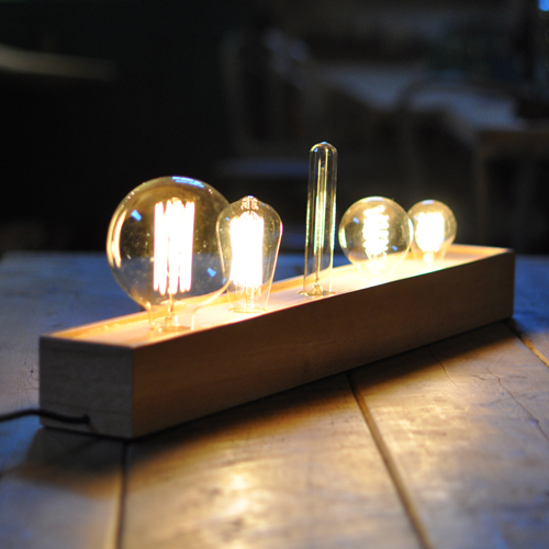 Industrial-Style-Multiple-Bulb-Lamp