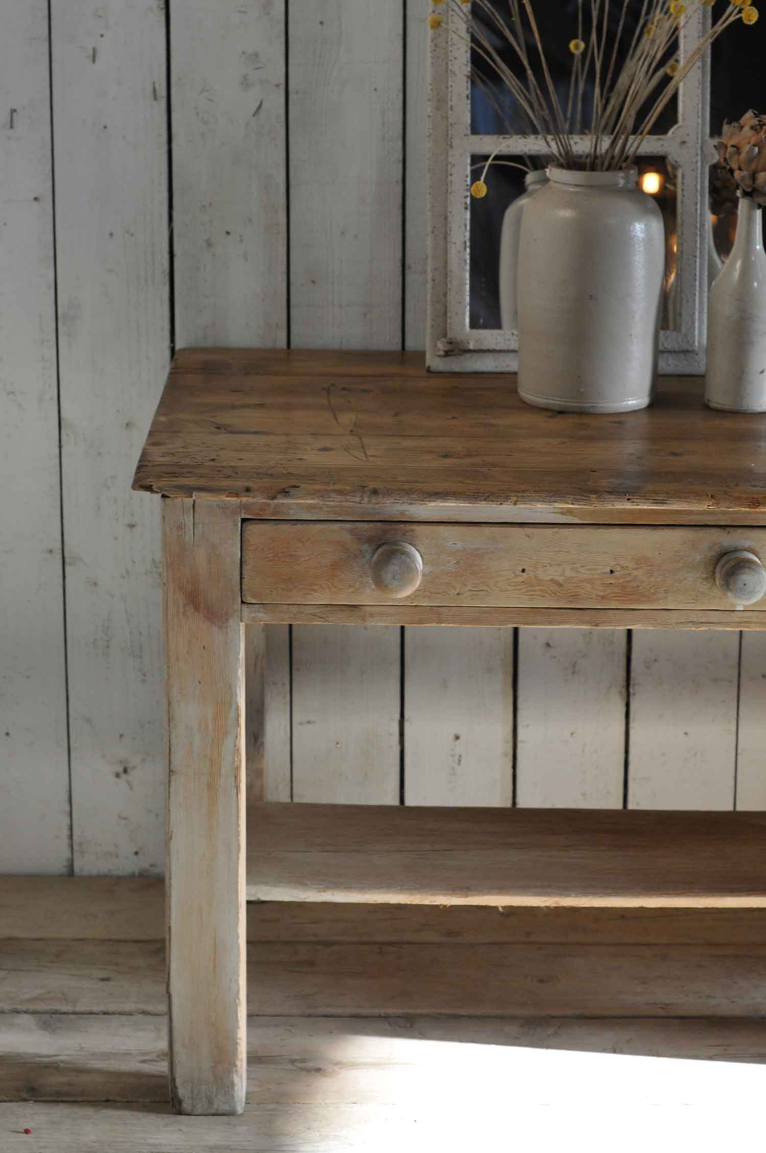 kitchen console black and white accessories antique pine vintage island two drawer
