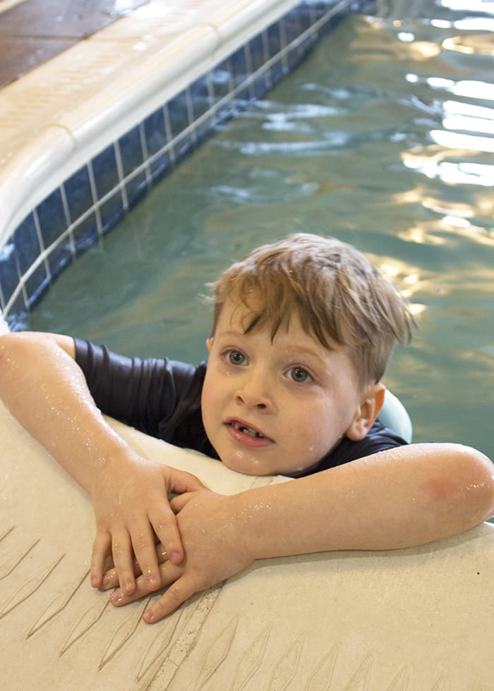 Swimming with SwimWays Power Swimr