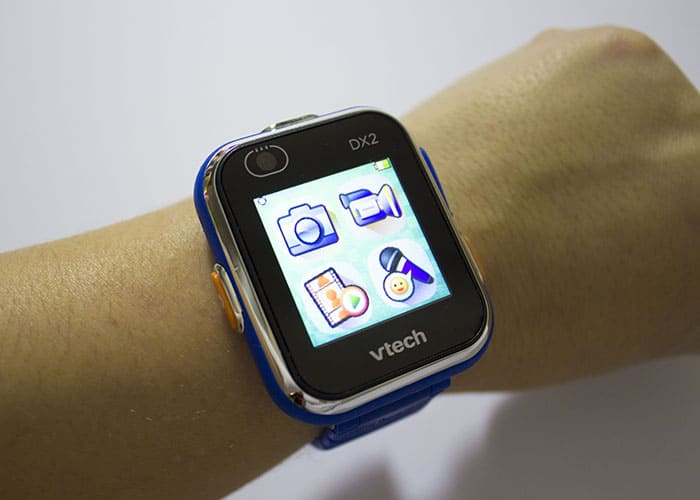 Gamer Gadget Gift Guide- Kidizoom SmartWatch Dx2