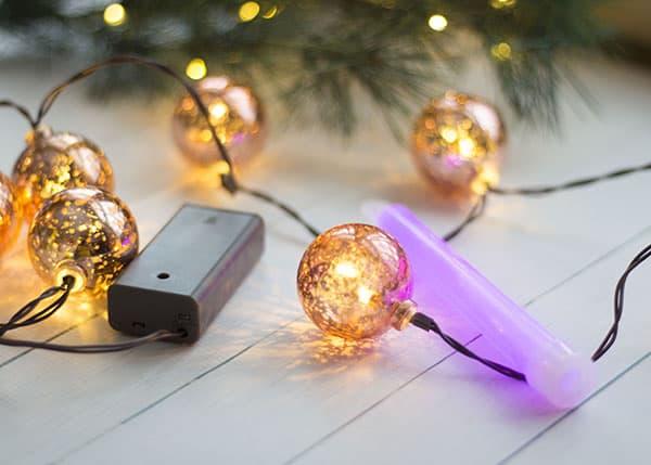 safe-lighting-Christmas-caroling