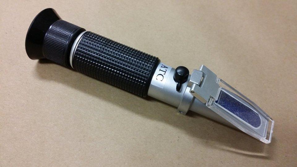 PRB-32ATC 0.0-32.0% PROFESSIONAL ATC Brix Refractometer Wine Beer WORT Sugar, SUPER HEAVY DUTY!