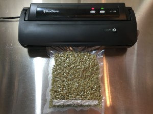 Hands On Review: FoodSaver V2244 Vacuum Sealer