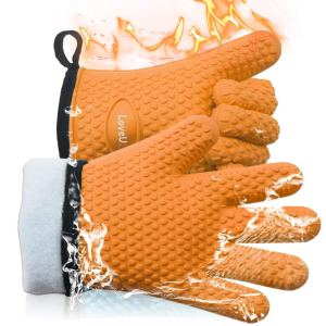 LoveU. Oven Mitts - Silicone and Cotton Double-Layer Heat Resistant Gloves/Silicone Gloves/Oven Gloves/BBQ Gloves - Perfect for Baking and Grilling - 1 Pair (One Size Fits Most, Orange)
